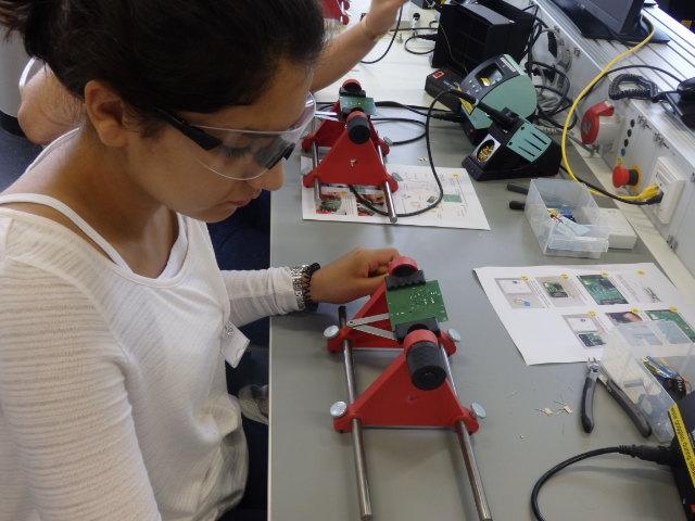 5-tägiger Workshop in den Sommerferien: MINT Girls` Summer School